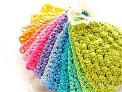 Crochet bunting 2